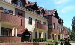 przebudowa budynku koszarowego na budynek mieszkalny, Rodis, Wrocław